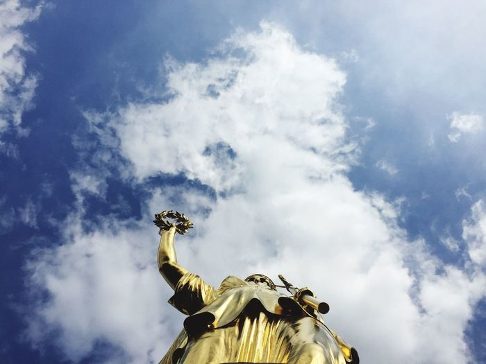 Low Angle View Statue Cloud - Sky Sky Human Representation Sculpture Cloudy Cloud History Blue Day Outdoors Famous Place High Section Creativity No People National Landmark Siegessäule  Gold Capture Berlin Lieblingsteil
