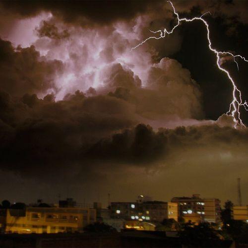 FozDoIguaçu Iguassucool Fozeassim Storm Nature Night Great_captures_brasil Tormenta RAYOS Ray Storms Photostorm Perfection Storm_inst Clouds Cloud