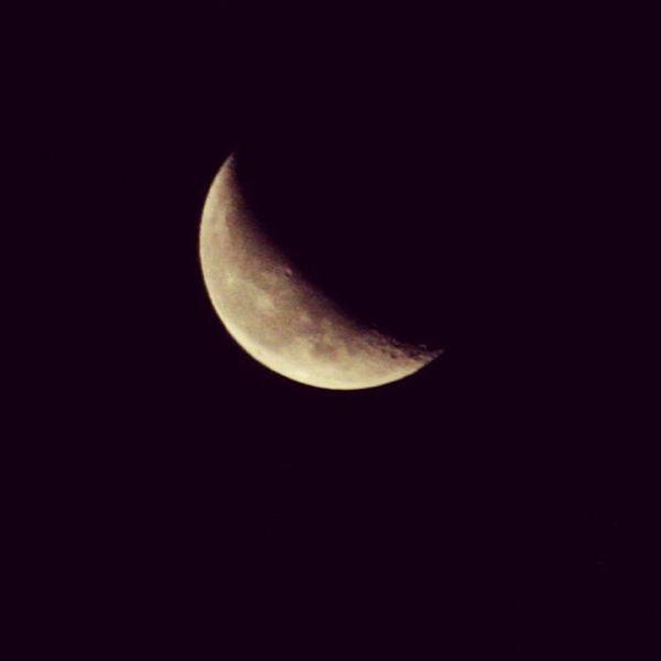 Sky Skyviewers Skywatchers Sky_painters murrieta moon crescent nightshot california riversidecounty ie instashot mypics instamoon sktporn