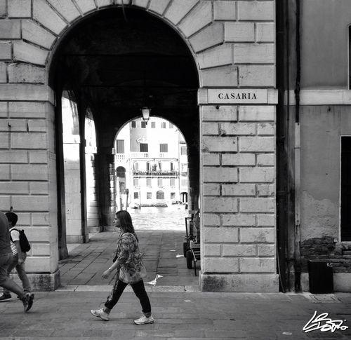 Streetphotography Streetphoto_bw Streetphoto Blackandwhite