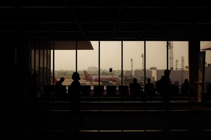 Indoors  Architecture Built Structure Men Window Large Group Of People City Waiting Person Day Sky City Life Tourism City Modern