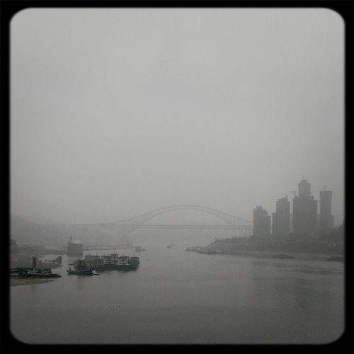 嘉陵江,长江两江交汇 River Streetphoto_bw Chongqing