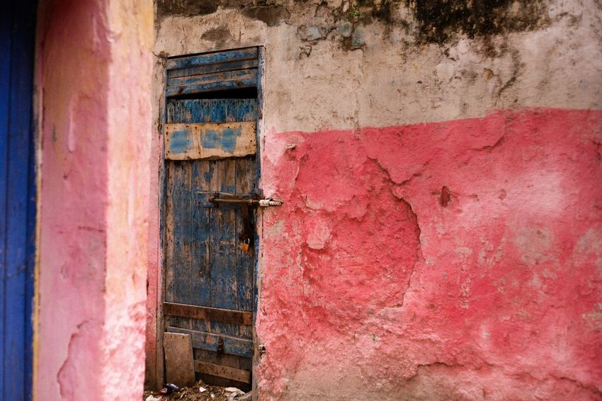 Amazing colours in Marrakesh, Morocco Architecture Built Structure Building Exterior Abandoned Weathered No People Bad Condition Day Outdoors travelling explore Morocco City Explore Door