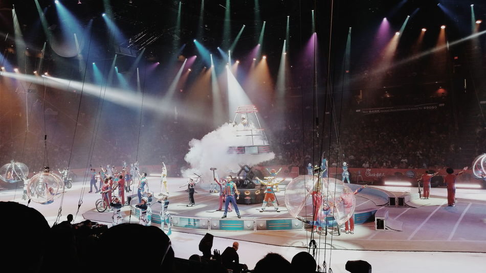 Circus Ringling Bros Ringlingbrothers Ringlingbrothersbarnumbaileycircus Ringlingbrothersandbarnumandbailey The Greatest Show On Earth Out Of This World Light Years Beyond The Expected Colors Lights Ontario Citizens Bank Arena Crowd Audience Characters Glitter Colour Of Life