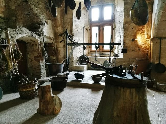 Kitchen, Chateau de Vianden, LuxembourgMedieval Architecture Medieval Castle Chateaux Luxembourg Vianden Antique Iron Stone Architecture Kitchen Kitchen Utensils Fireplace Hearth HuaweiP9 Huawei Leicacamera Smartphone Photography