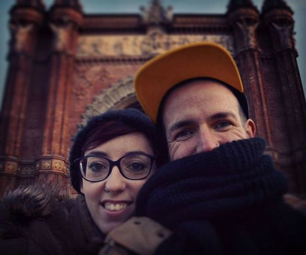 Selfie Love Fiance Barcelona Arcdetriomf Weddingiscoming