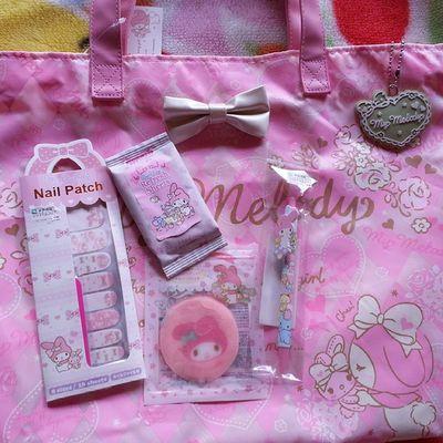 昨日もSANRIOでマイメログッズ買った♡パックは昨日の夜もう使った。 今まではマリーちゃんのパック使ってた! マイメロ マイメロ大好き Pink KAWAII