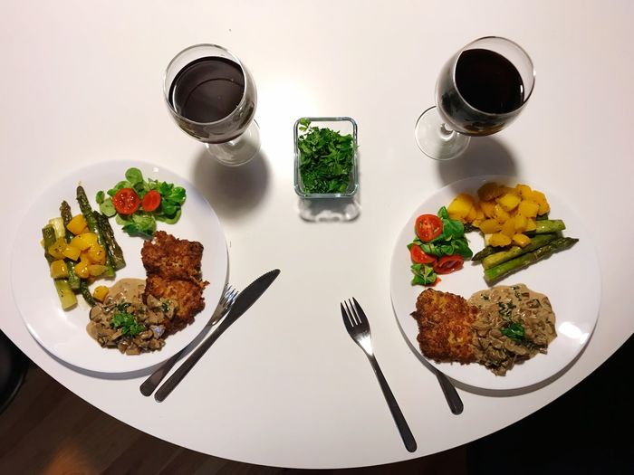 Dinner Parmesanschnitzel Schnitzel Wine Dinner Food And Drink Food Healthy Eating Freshness Vegetable Fork Plate Table Ready-to-eat Healthy Lifestyle Refreshment Drink