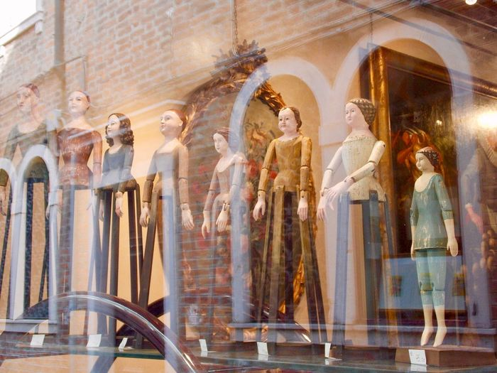 Puppet Theatre No Model Release Needed Vintage Style Antiquities Architecture Building Exterior Built Structure Day Low Angle View No People Outdoors Romantic Place Sculpture Shop Window Shop Window Reflection Statue