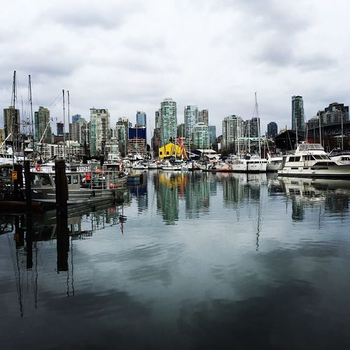 Beautiful Vancouver . I took this Picture with my IPhone . It was an amazing Trip . Travel IPhoneography City Cityscapes Waterfront Westcostbestcost