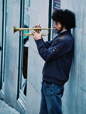 Artist Lifestyles Music Musician People Street Artist Streetphotography