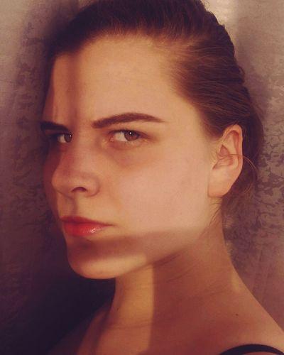 Portrait Beautiful Woman Young Women Beauty Beautiful People Studio Shot Headshot Human Face Females Looking At Camera