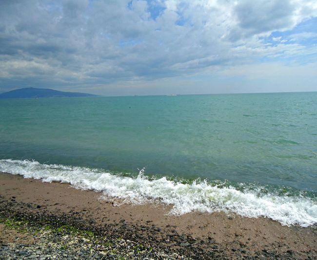 There's no photo editing. Без фоторедактирования. Алексино пляж Море май новороссийск Novorossiysk Sea Spring May Shore