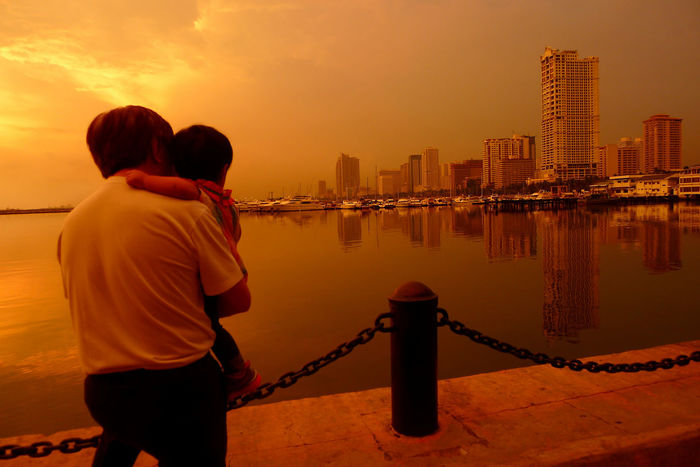 Father Father & Son Fathersday Father And Son Father's Day Fatherhood  Fatherandson Fathers Day FatherSonMoments Fatherandsonmoments Fatherandsoninthecity Greatlove Love Loveofafather Fatherlove Father&son Sunset City Cityscapes City Life