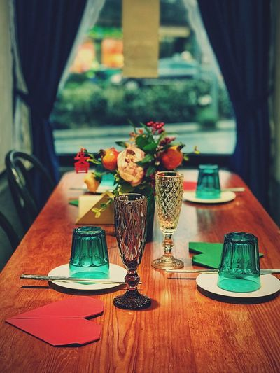 Warmly time in Benzhuan Benzhuan Resturant Table Indoors  Glass Business Flower Restaurant Vase Flowering Plant Furniture Food And Drink Place Setting