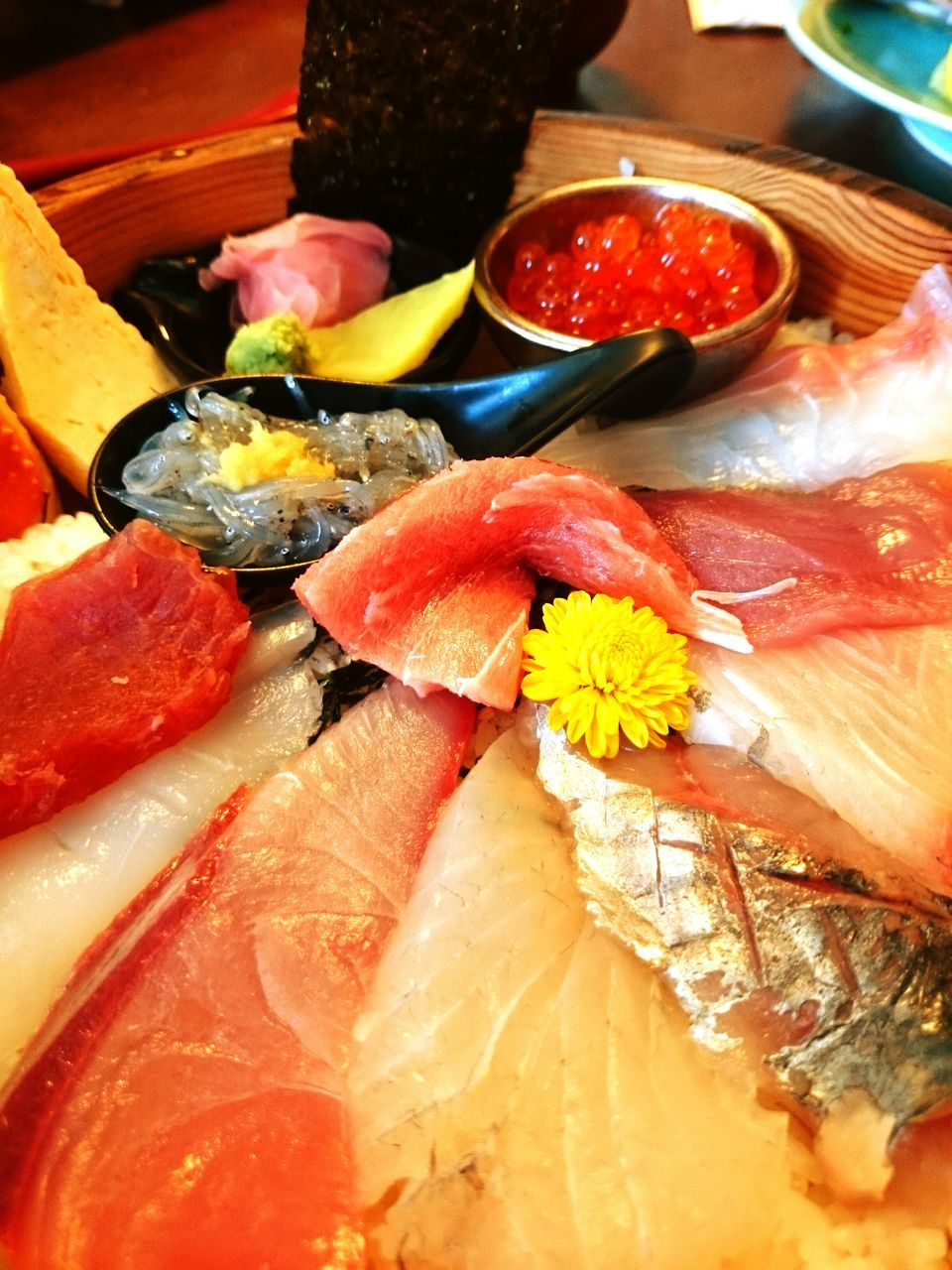 seafood, food and drink, food, freshness, indoors, healthy eating, raw food, variation, sashimi, close-up, no people, sushi, ready-to-eat, flower, day