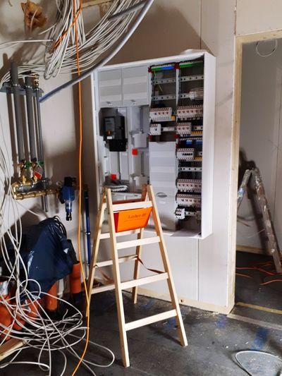 Kabelsalat Baustelle Zählerschrank Schwörerhaus Thüringen Germany Kabel EyeEm Selects Indoors  No People
