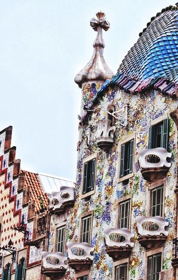 Architecture Building Exterior Built Structure No People Clear Sky Travel Destinations Outdoors Day City Barcelona Gaudi Details Textures And Shapes Details Architecture_collection Architecture Casa Batllo