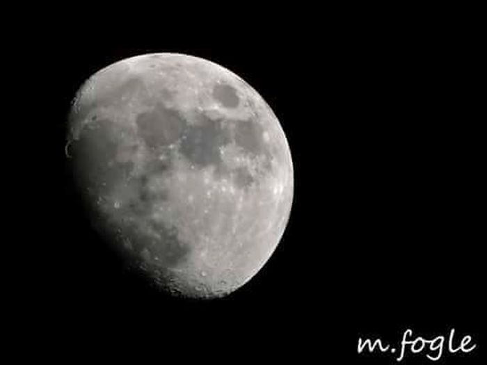 """upclose fullmoon"" Full Moon Fullmoon Space Outerspace Canonphotography Canon #canon_official #canonphotography #canoncamera #canonphoto #lifeinism #tagsforhearts #photo #photooftheday #photo #photochallenge #photographer #photoshoot Moon Moongazing Manonthemoon Deafphotographer"