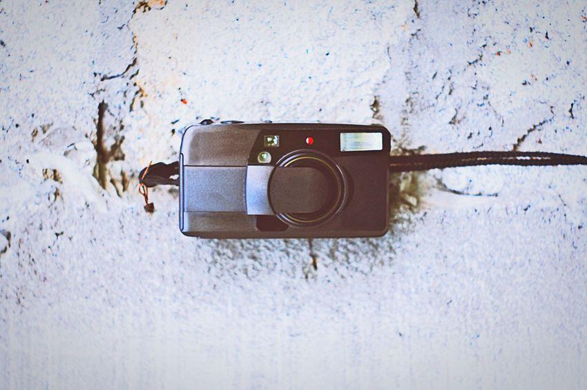 Old-fashioned No People Close-up Day Stereo Outdoors Camera Technology Illuminated Camera - Photographic Equipment Pocket Camera 35mm Camera