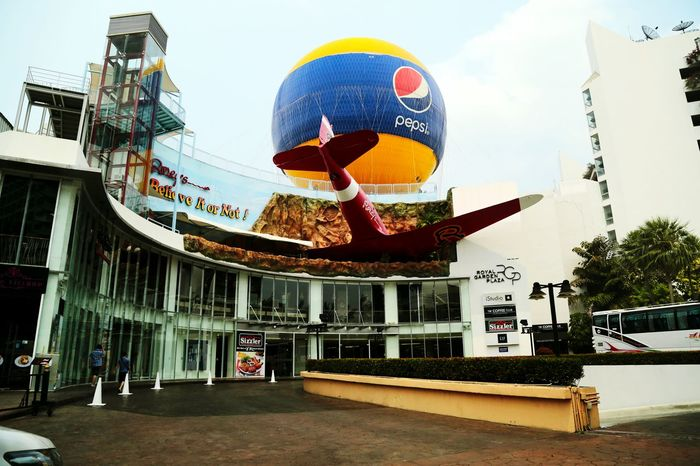 Thailand Pattaya Avm Ucak Fly Pepsi Balon Balloon Photography EyeEm Gallery