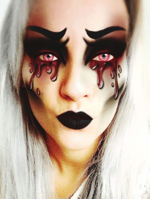 Evilme Horror Photography Horror Portrait Evileye Red Intense Colors Impression Horror Intricate Photography ExpressYourself Halloween Horrors Invention Makeup Creepy Art Artistic Photo Statementmakeup Darkness Darkness And Light Evilqueen Hauntyou Darkart Contour