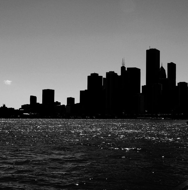 Chi Town Skyscraper Chicago Chicago Skyline Chicago Architecture Urban Skyline Streetphotography Sillouette Blackandwhite Black And White Blackandwhite Photography Building Exterior Modern Navy Pier Waterfront Water Surface Water Travel Destinations Outdoors No People Sky Downtown District