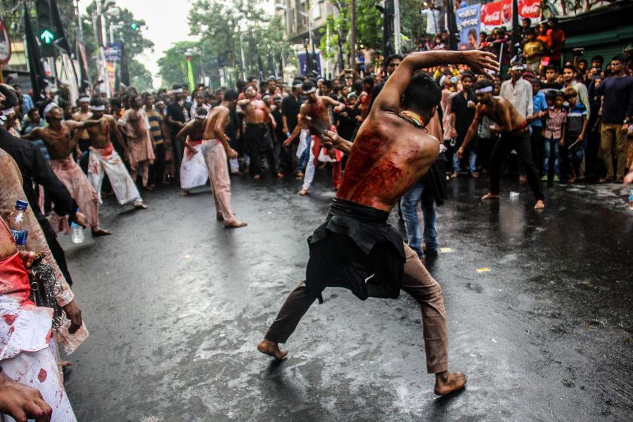 Muslims expressing their grief on Muharrum India Kolkata Allah Ashura Islam Karbala Muharrum Muslim