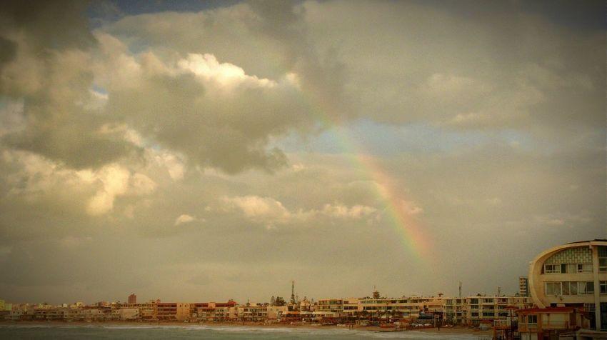 Taking Photos Raining Days Rainbow Sky Elmontazah Sea View