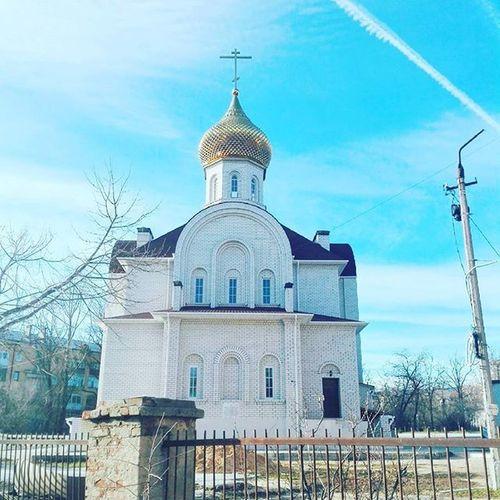А вот здесь нравится, но небо уже не то храм архитектура Волгоград Arhitecture Temble Church Volgograd