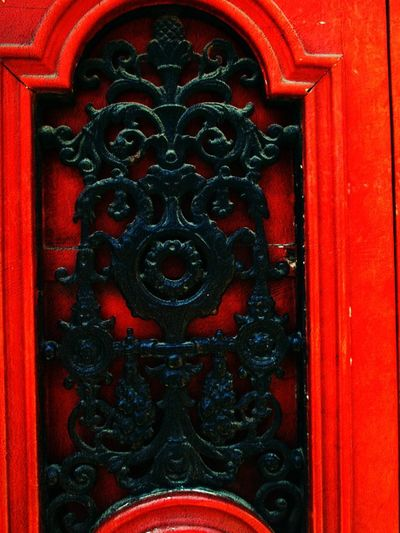 Door Red Full Frame Close-up Vibrant Color Backgrounds No People Day Outdoors Pattern Multi Colored Architecture Building Exterior