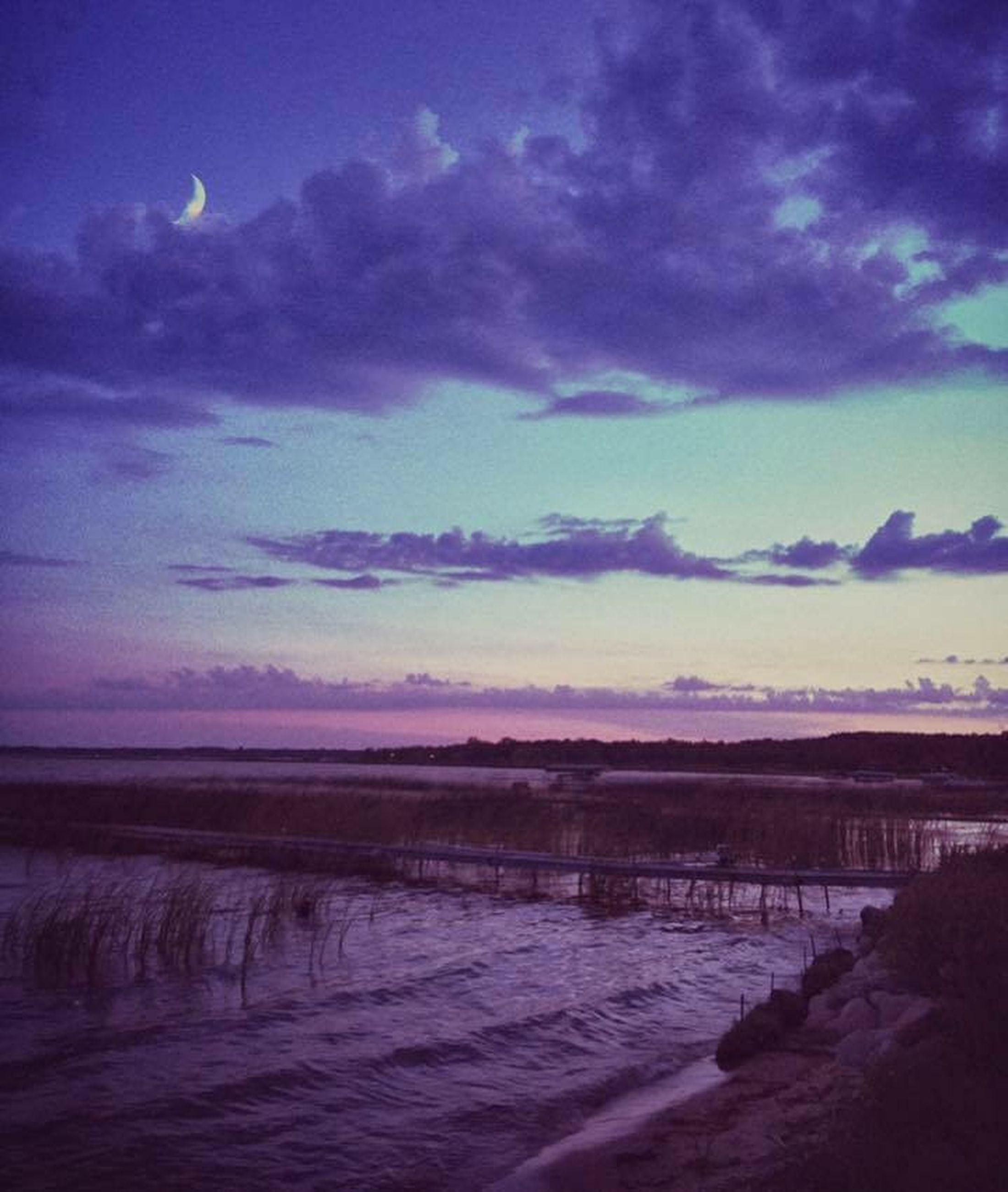 sky, water, tranquil scene, scenics, cloud - sky, tranquility, beauty in nature, nature, sunset, sea, cloudy, cloud, dusk, idyllic, blue, beach, landscape, weather, shore, lake