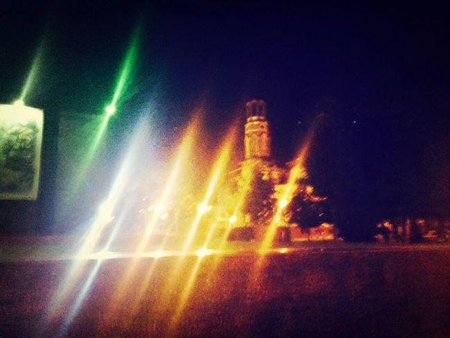 Публичная Библиотека. Иными ростовскими словами: Публичкаа ? . Очень красивый вид, особенно ночью, когда ты гуляешь по парку ночному, людей мало, вид красивый, и фонари освещают дорогу, словно неизвестный путь. ⛺️??