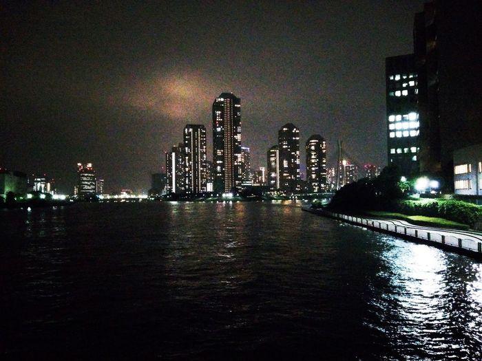 EyeEm Gallery EyeEm Selects City Urban Skyline Illuminated Cityscape Water Skyscraper Modern Sky Architecture Building Exterior