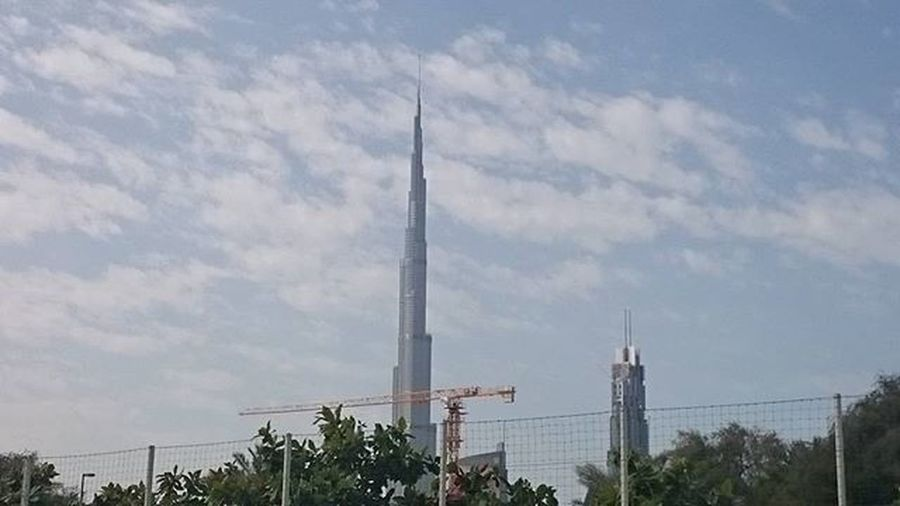 A beautiful morning.... while looking at the tallest building... Burjkhalifa Dubai Landscape Photo Photography Live Sky Tallestbuilding Googlecamera