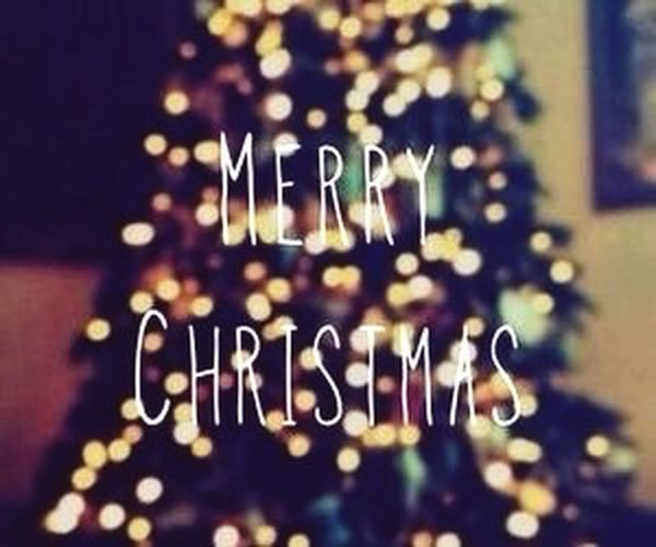 Joyeux Noël meme si c deja passé x) ✌️ Hello World Hi! Enjoying Life