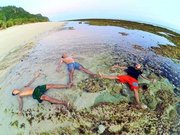 Sekali-sekali nyepam... 😂 Weekend Holiday Nyangnyangbeach Pecatu Uluwatu Bali Maimelali Xiaomiyi Xiaomi