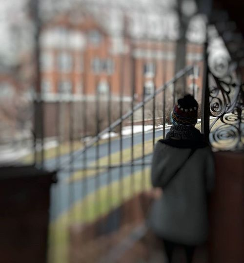 My lady friend enjoying the view of how the other half lives. The Hill House is the Downton Abbey of Minnesota. Captureminnesota Capturestpaul Mysaintpaul OnlyinMN Minnesotahistory Onlyinminnesota Saintpaul Saintpaulmn History DowntonAbbey