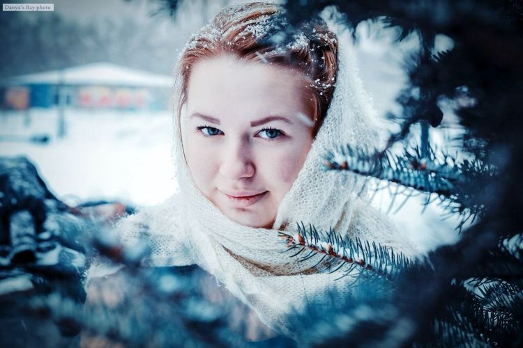 Frosty Snow Winter I Love My Work My Work Beatiful Girl Girl People Photography Photographer Follow Me