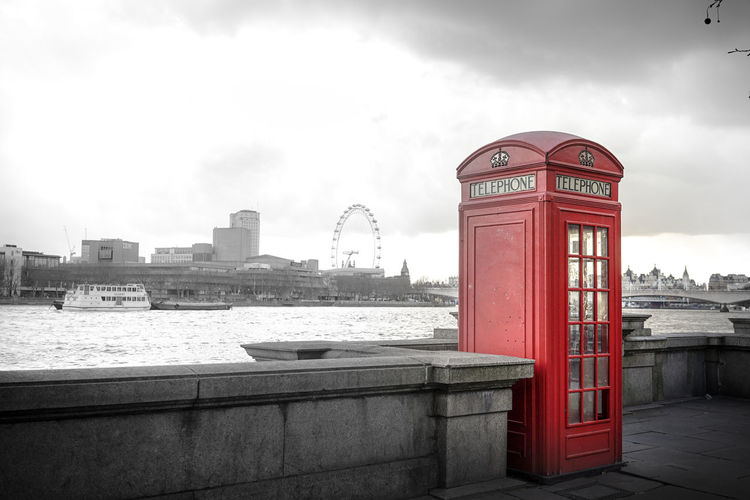 Croudy Phonebox Red Phone Boxes River Background Thames And Phone Thamesriver