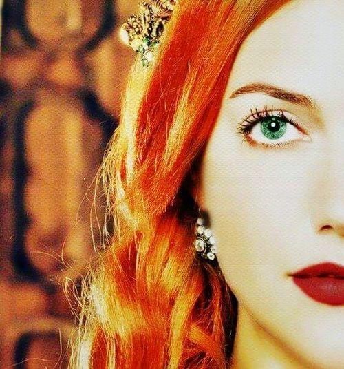 Meryem Uzerli Turkishstars Turkish Actors Actors Best Actor Ever The Best Actors Best Actor Muhtesemyuzyil Beauty Muhtesem Yuzyil