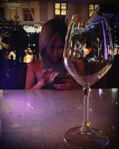 Wine not?! 🍷🍹🍸 Solopic One Person Wineglass Singapura Singaporenightlife CHIJMES Stolenshot Wine Not