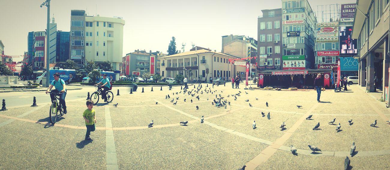 Balikesir Guvercin Square Noontime