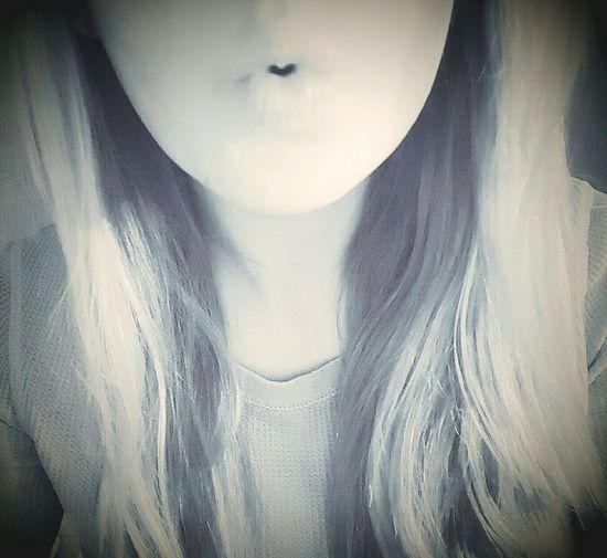 Heart-shaped kiss Heart Kiss Blonde