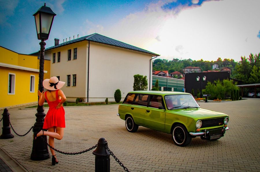 Red lady and green car Curves And Lines Urban Legs Red Dress LADA Lancia Women Waiting Red And Green The Week On EyeEm Be. Ready.