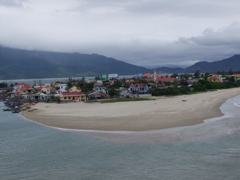 Lang Co Fishing Village Beach Cloudy Sky Composition Fishing Village High Angle View Lăng Cô Mountain Mountain Range Nature No People Outdoor Photography Residential Buildings Residential District Residential Structure Sand Scenics Sea Tourist Attraction  Town TOWNSCAPE Vietnam Village Water Waterfront Waves