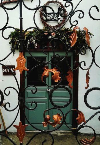 Odunpazarıevleri Door EyeEm Best Shots Colorful Green White Day Tree Hanging Wrought Iron Ornate Close-up Door Knocker Tree Topper Doorknob Keyhole Wind Chime Religious Event Bauble Lion