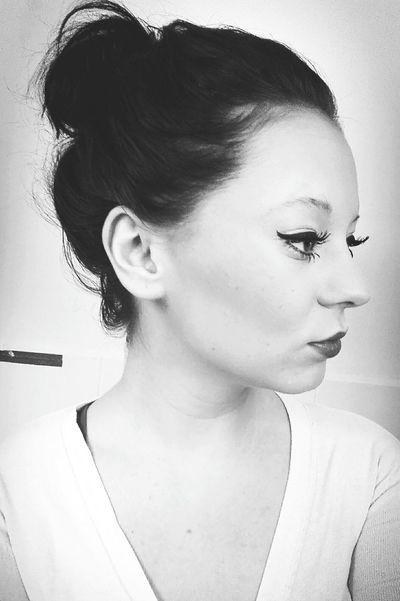 Hello World Phototime Black Hair Black & White Blackandwhite Blackandwhite Photography Eyes Lips NowYouSeeMe Hope HakunaMatata ❤️