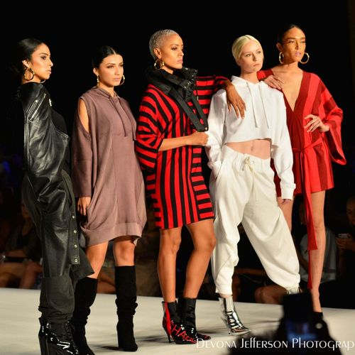 The End of the Runway - New York Fashion Week Spring/Summer 2019 EyeEm Selects EyeEm Gallery EyeEm Best Shots New York City Newyorkphotography New York Fashion Week Fashion Photography Urban Lifestyle Urban Chic Runway Photography Richard Hallmarq Multi Cultural High Energy Urbanwear Urbanstyle Leather Casual Clothing Eveningwear Red Black And White Sports Team Friendship Athlete Full Length Group Of People Sport Standing Portrait Sports Uniform Men