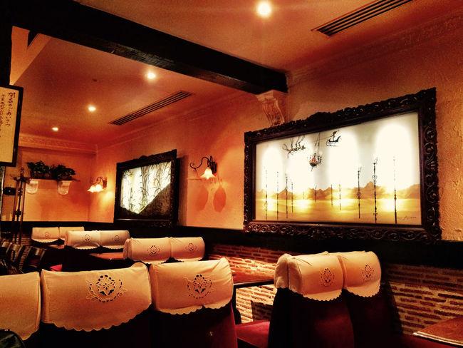 新宿スカラ座 には、 藤代清治 の 影絵 が四季のテーマで飾られている。これも、もう見納めなのか… 東京 Tokyo 新宿 Shinjuku 名曲喫茶 Cafe